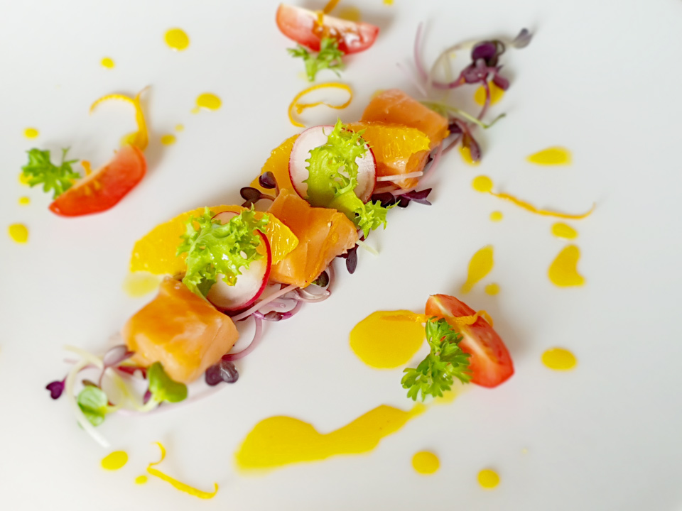 "Salmon Crudo en ""Passion"""